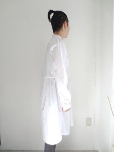 画像2: yoshio kubo / ノーカラースーパーロングシャツ[通常価格より40%off]
