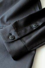 画像6: ETHOSENS / ノーカラーロングシャツ (6)