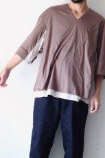 画像11: ETHOSENS / レイヤーVネックTシャツ (11)
