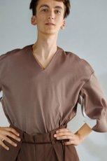 画像2: ETHOSENS / レイヤーVネックTシャツ (2)